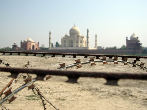 Taj Mahal barbed wire