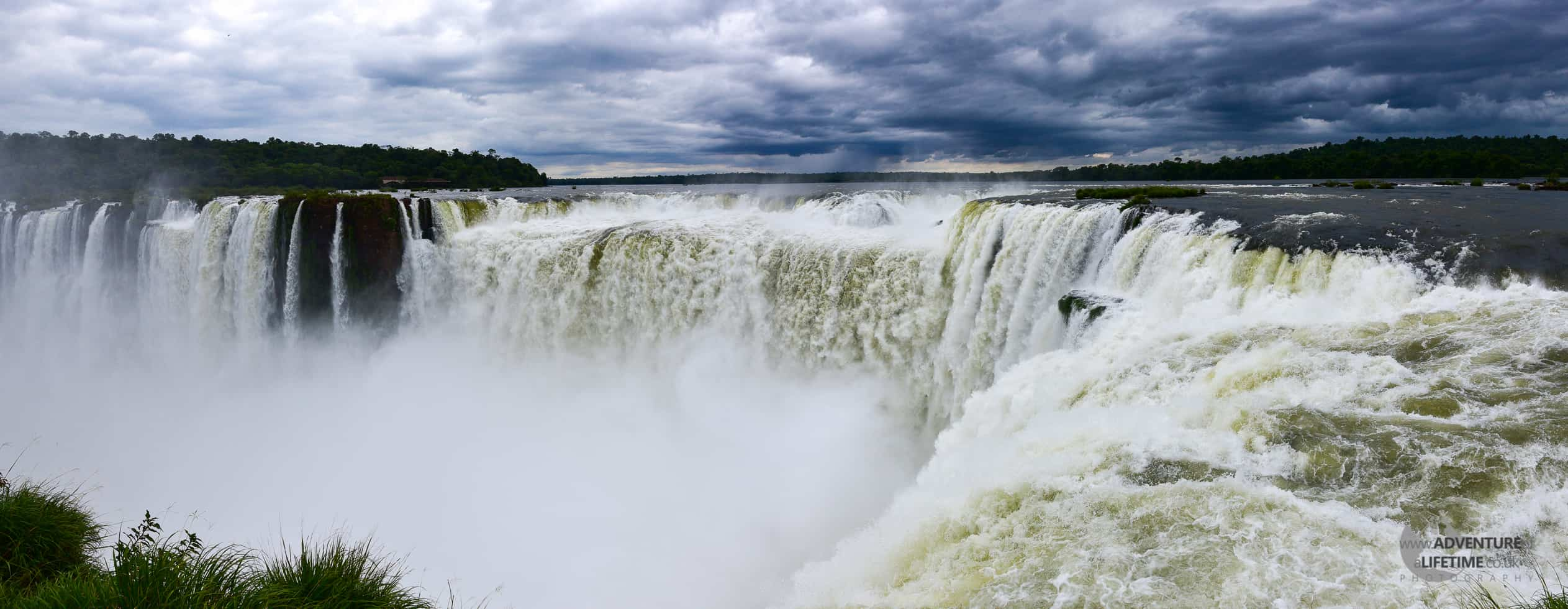 ICE Stitch of the Devil's Throat at Iguazu Falls