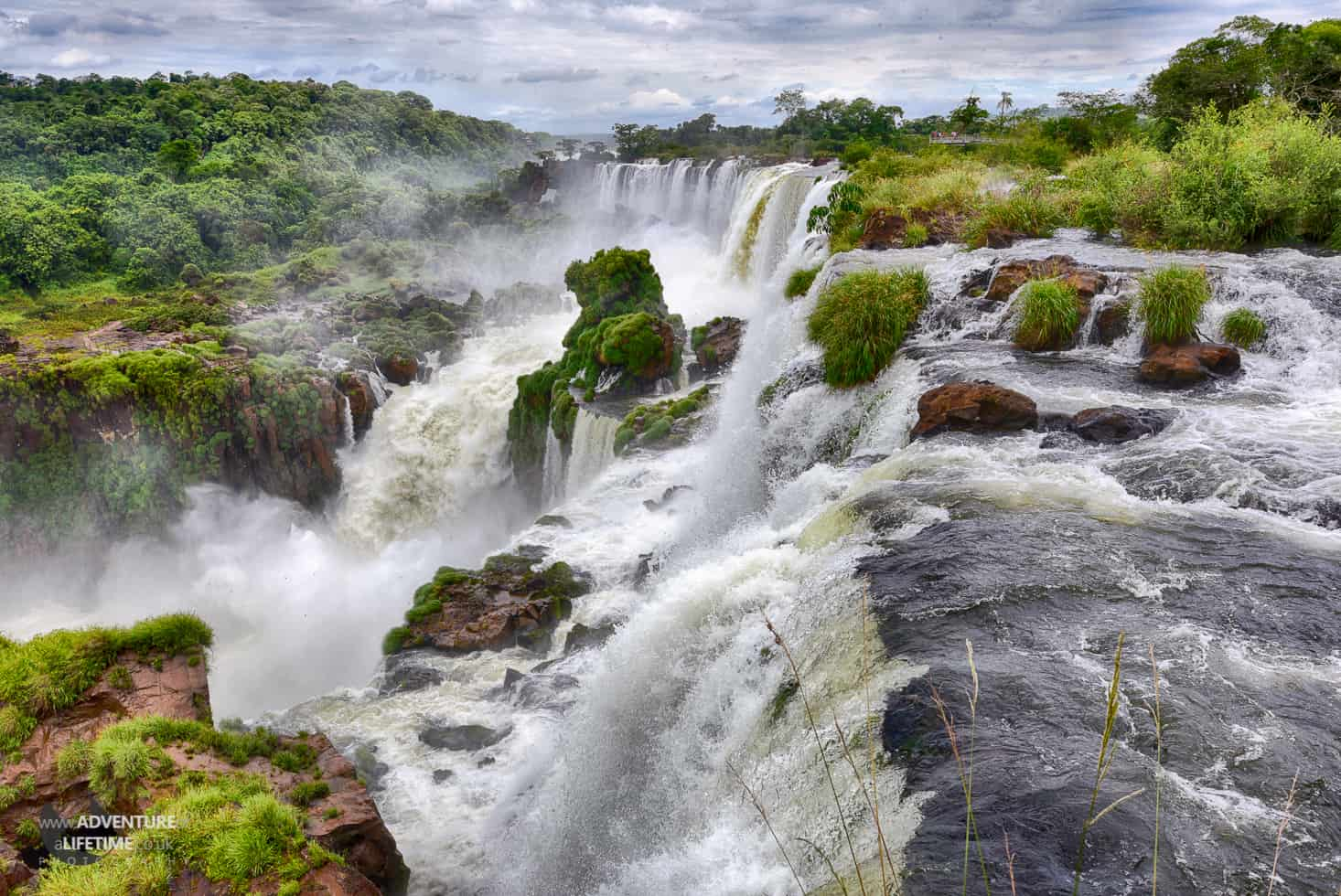 HDR of an esspecially violent section of Iguazu Falls