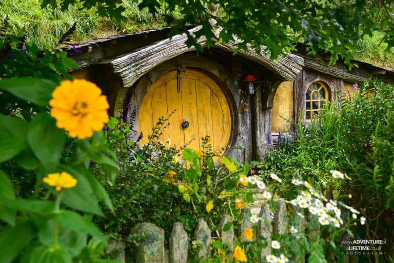 Yellow Door, Hobbit Hole