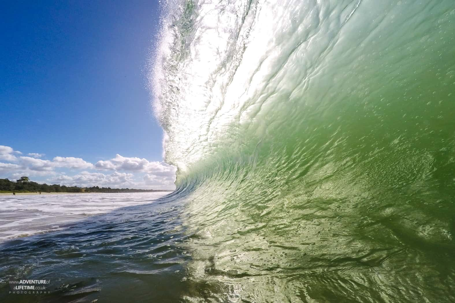 Beautiful waves on the Gold Coast