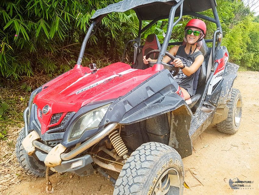 Polaris 4x4 in Koh Samui