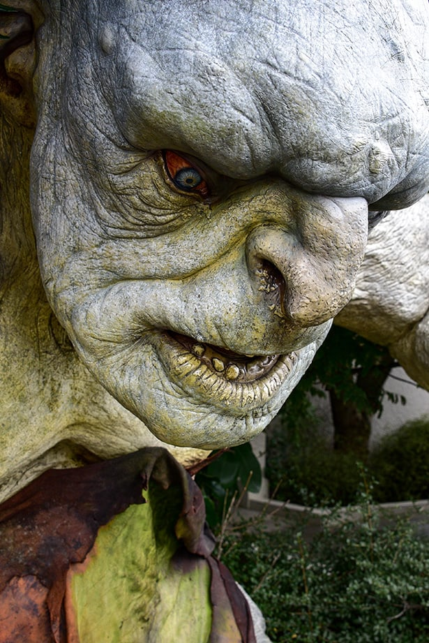 Lord of the Rings Mountain Troll